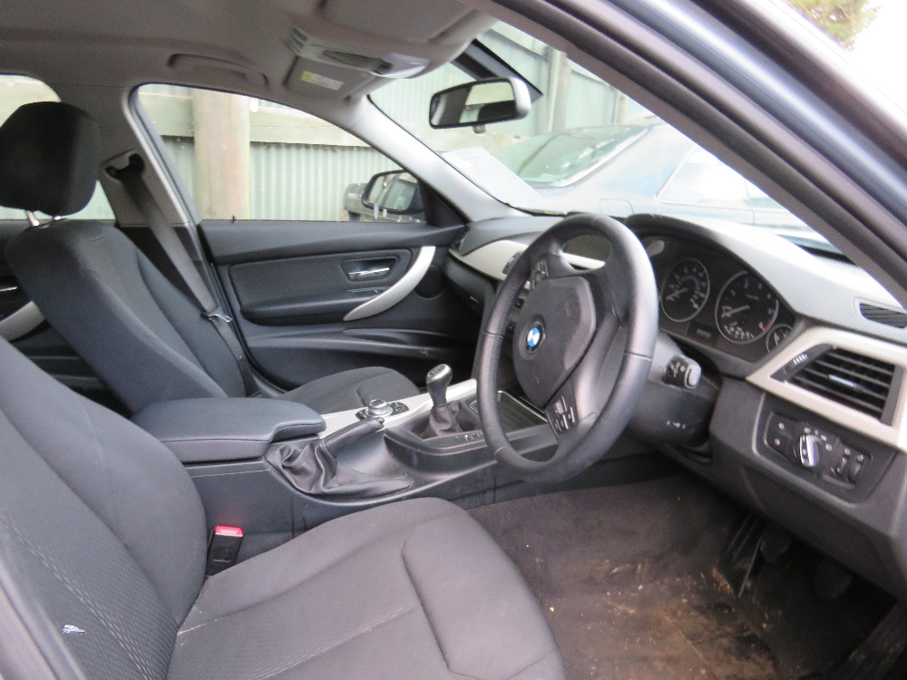 BMW 320D SE saloon car, reg. WF14 KXE - Image 4 of 7