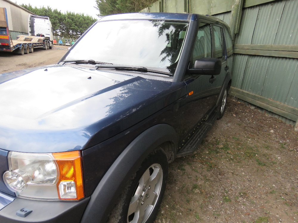 LANDROVER DISCOVERY 3 4X4 CAR, 7 SEATS, AUTOMATIC, - Image 3 of 7