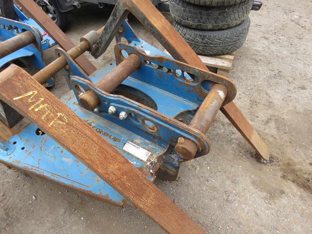 SET OF CONQUIP EXCAVATOR MOUNTED PALLET FORKS, UNTESTED - Image 2 of 4