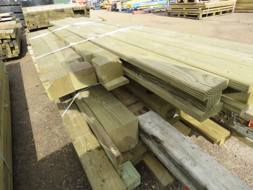 2no. Pallets containing assorted posts and timber - Image 3 of 4