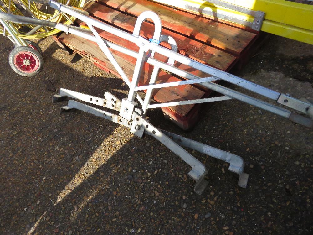 2no. Kerb lifting tongs - Image 2 of 3