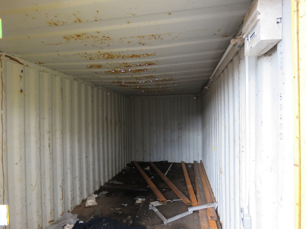 20ft Secure container, roof needs attention - Image 2 of 3