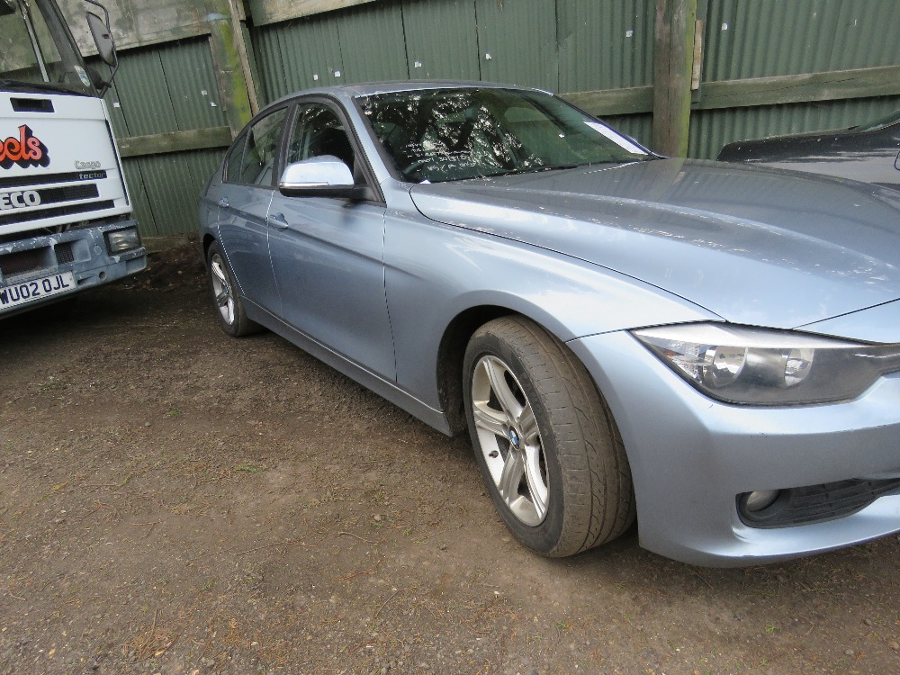 BMW 320D SE saloon car, reg. WF14 KXE