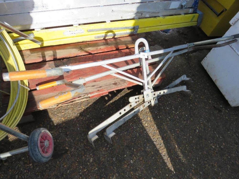 2no. Kerb lifting tongs