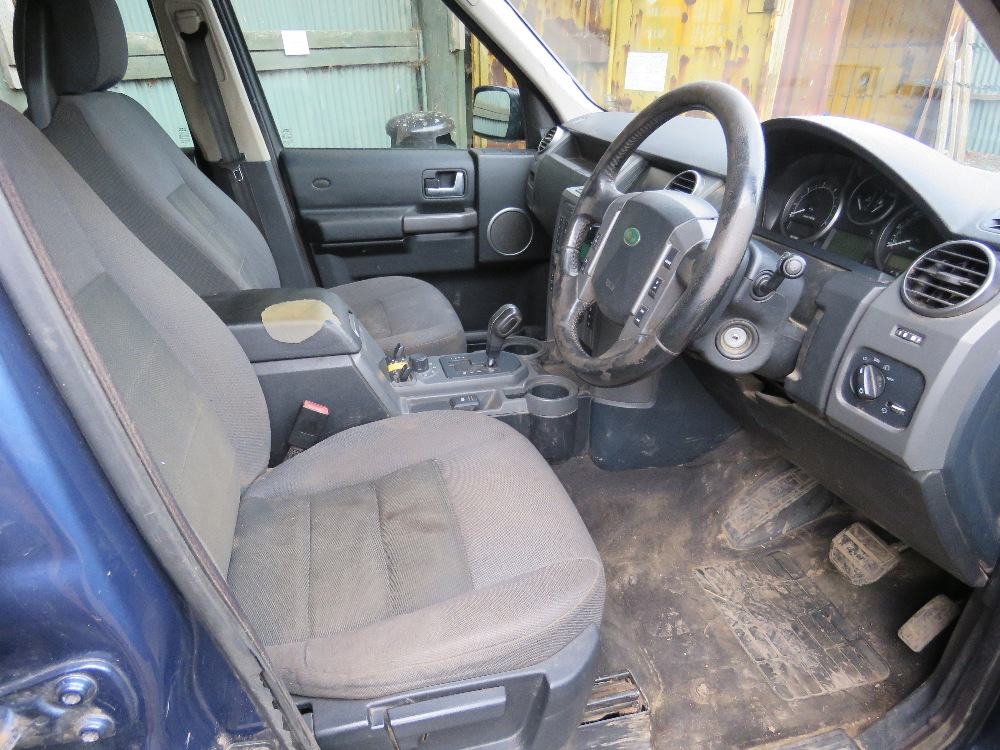 LANDROVER DISCOVERY 3 4X4 CAR, 7 SEATS, AUTOMATIC, - Image 5 of 7