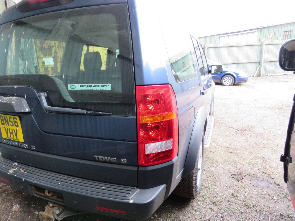 LANDROVER DISCOVERY 3 4X4 CAR, 7 SEATS, AUTOMATIC, - Image 7 of 7