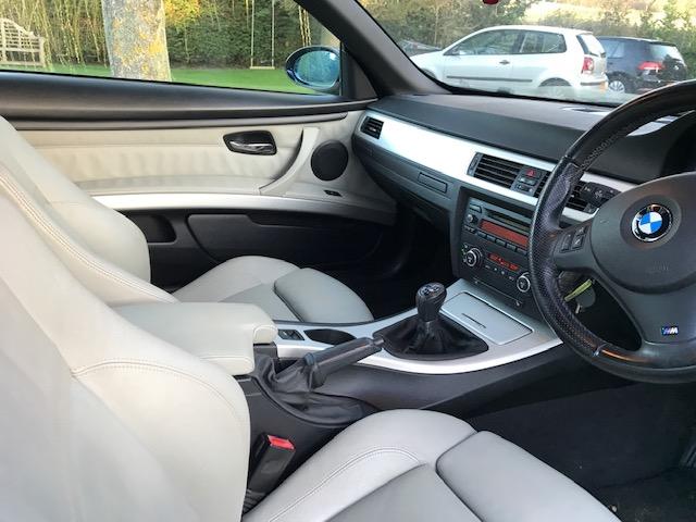 BMW 325I M SPORT CONVERTIBLE 58 REG - Image 7 of 16