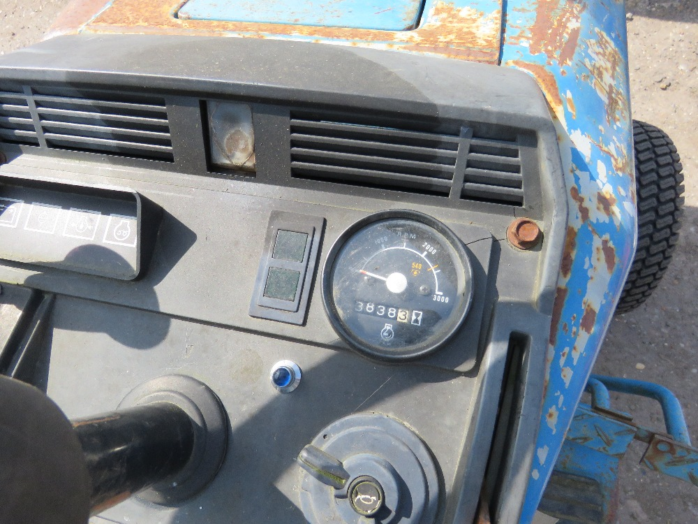 FORD 1220 4WD COMPACT TRACTOR WITH REAR LINKAGE HYDROSTATIC DRIVE - Image 5 of 5