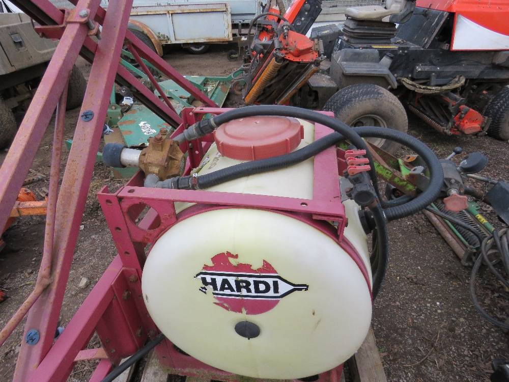 Hardi PTO powered compact tractor sprayer, 15ft approx. boom - Image 3 of 6
