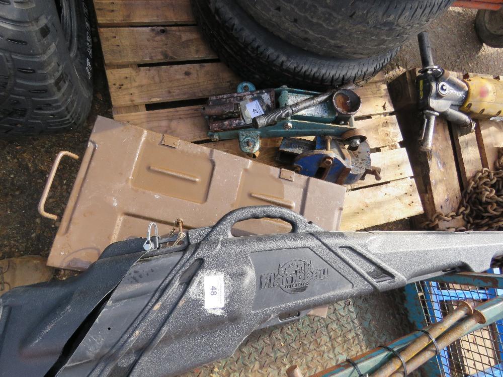 Ammo case plus rifle case