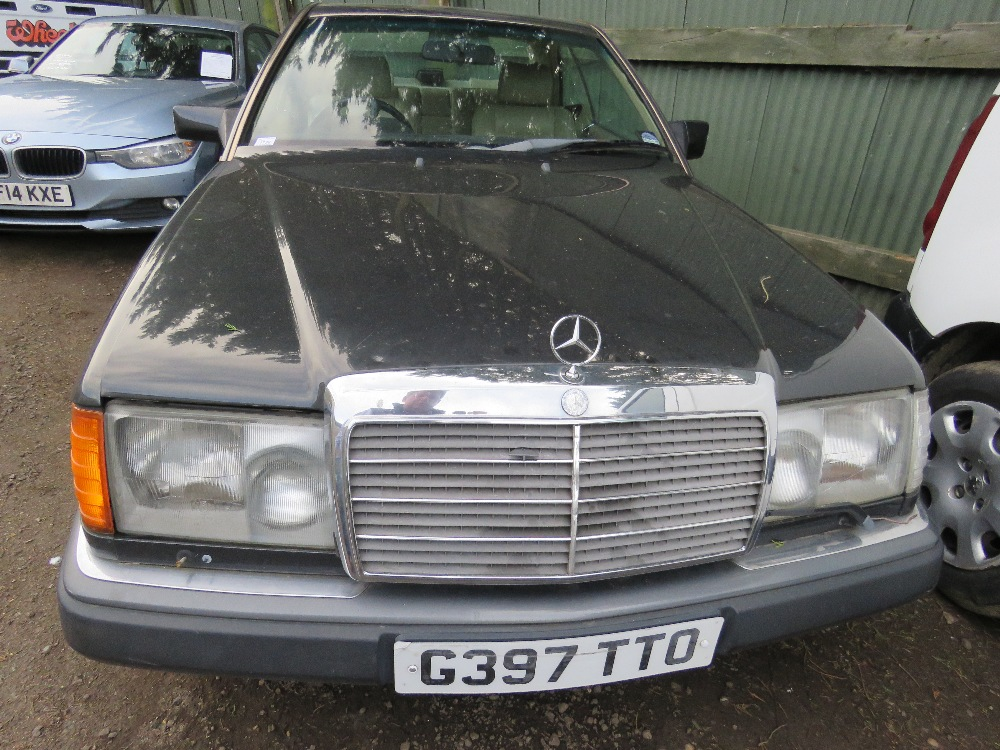 Mercedes 300 CE 24 coupe car, auto, reg. G397 TTO - Image 2 of 11