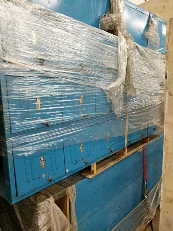 Lot 40 - Lot of Storage Lockers