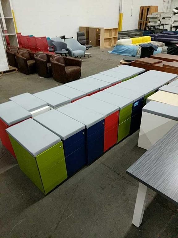 Lot 29 - Color Locking File Cabinet on Wheels