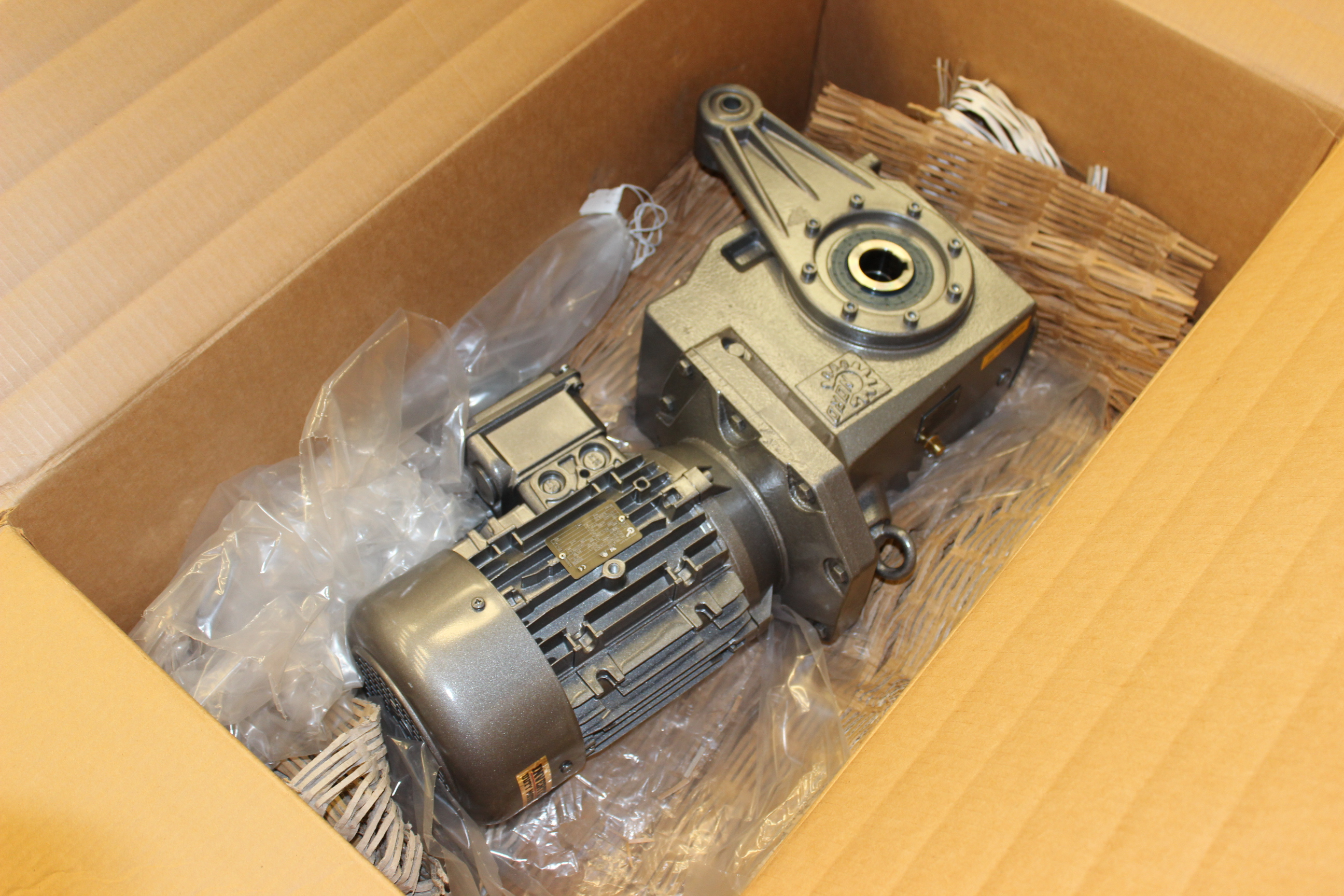 3 hp nord high performance motor with gearbox model 100l for Nord gear motor catalogue