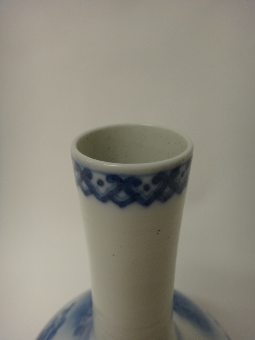 Lot 1354 - A large Chinese porcelain blue and white bottle vase, 20th century,
