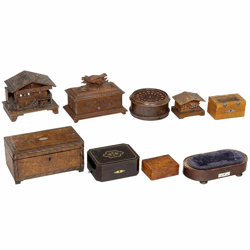 Lot 33 - 9 Musical Box Movements and Cases for Spares/ RestorationTabatière in an earlier inlaid case;