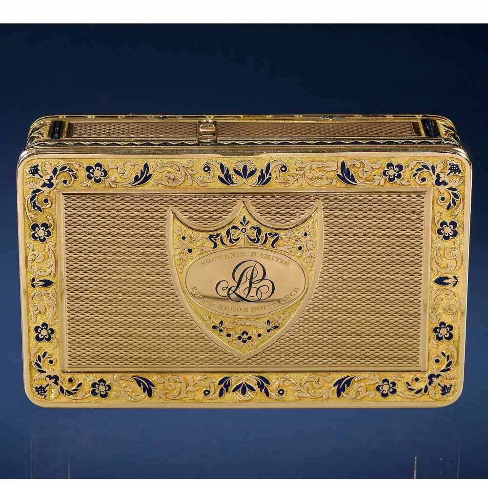 """Lot 10 - Exceptional 18-Carat Gold and Enamel Musical Pre sentation Snuff Box, c. 1810Playing """"Ranz les"""