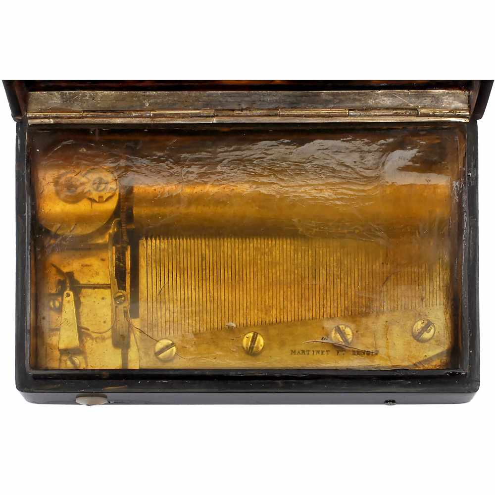 """Lot 57 - Rare Overture-Format Musical Snuff Box by Martinet et Benoit, c. 1835No. 3308, playing """"Bid Me"""