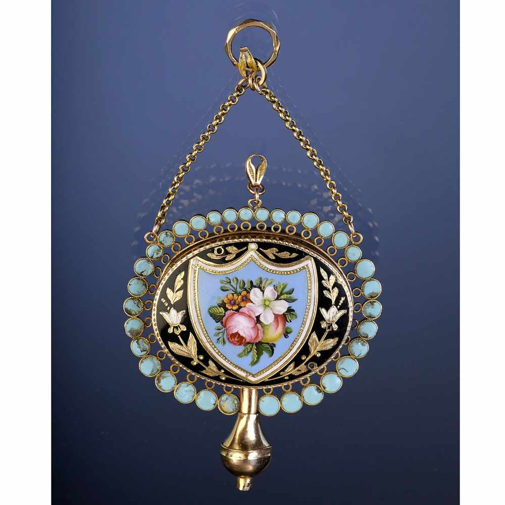 Lot 29 - Rare 8-Carat Gold and Enamel Musical Pendant, c. 1820Playing a single air, with barillet movement, 8