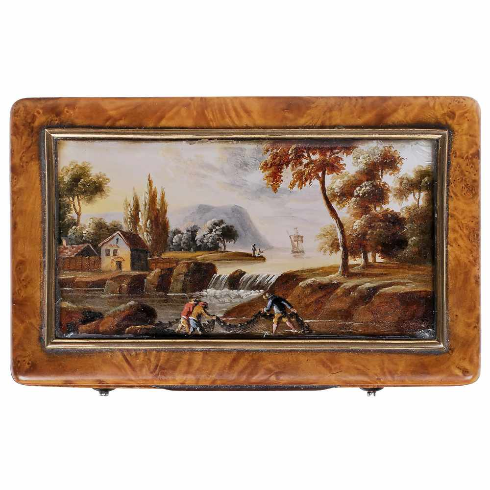 "Lot 60 - ""Laurencekirk"" Musical Snuffbox, c. 1820Playing two airs, with sectional comb in 18 groups of 3"