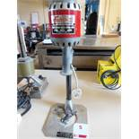 Eastman CD3 cloth drill, s/n H2-K218, single phase. NB: this item has no CE marking. The Purchaser