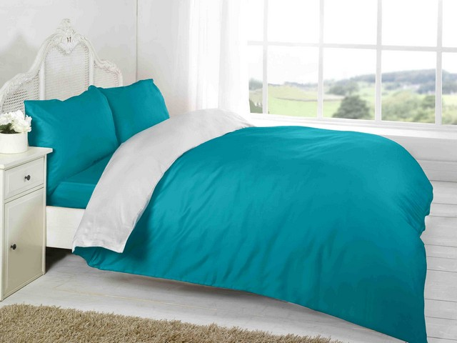 Lot 50513 - V Brand New Double Complete Teal/White Reversible Bed Set Includes 1 x Duvet Cover - 1 x Fitted