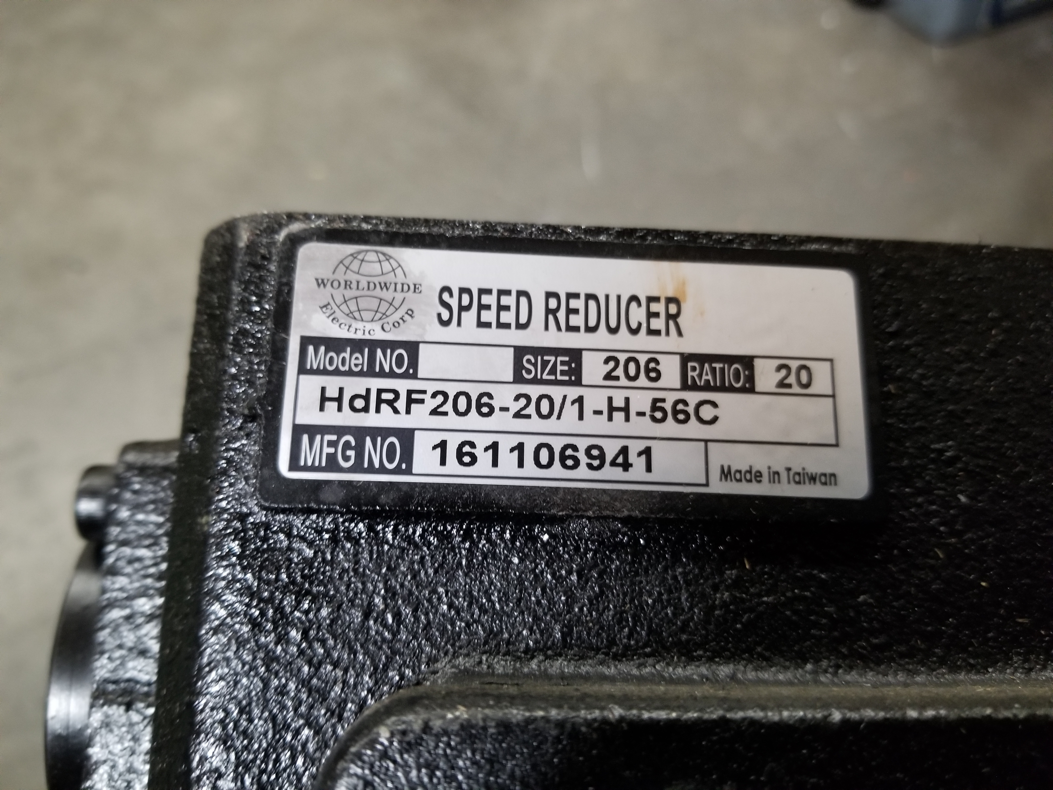 Lot 43 - WORLD WIDE RIGHT ANGLE SPEED REDUCER