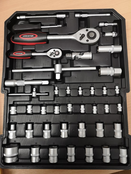 Lot 11727 - V Brand New 186pc (Minimum) Tool Kit In Wheeled Carry Case Includes Rachet Spanners