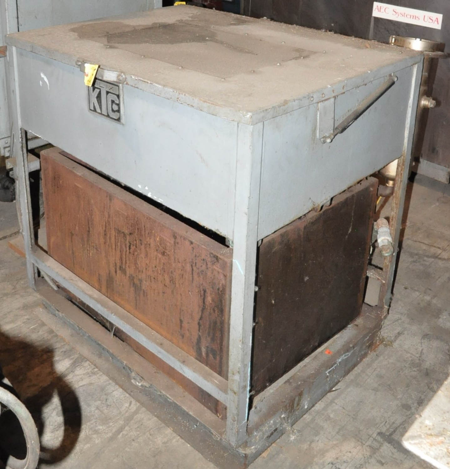 Lot 375 - INSTRON MDL. FM-1E, BENCH TOP COMPUTERIZED HARDNESS TESTER, S/N: FM1121, WITH COMPUTER, MONITOR