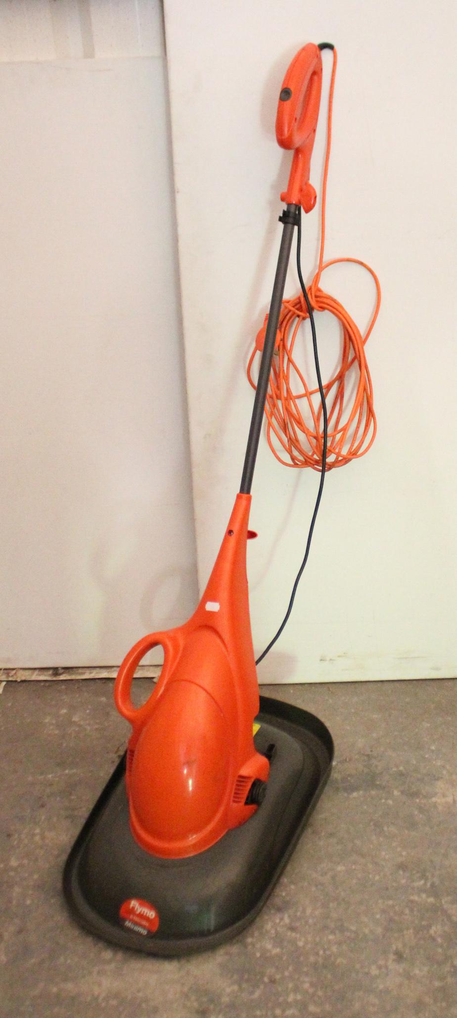 Lot 25 - Various power tools; hand tools; & gardening tools.