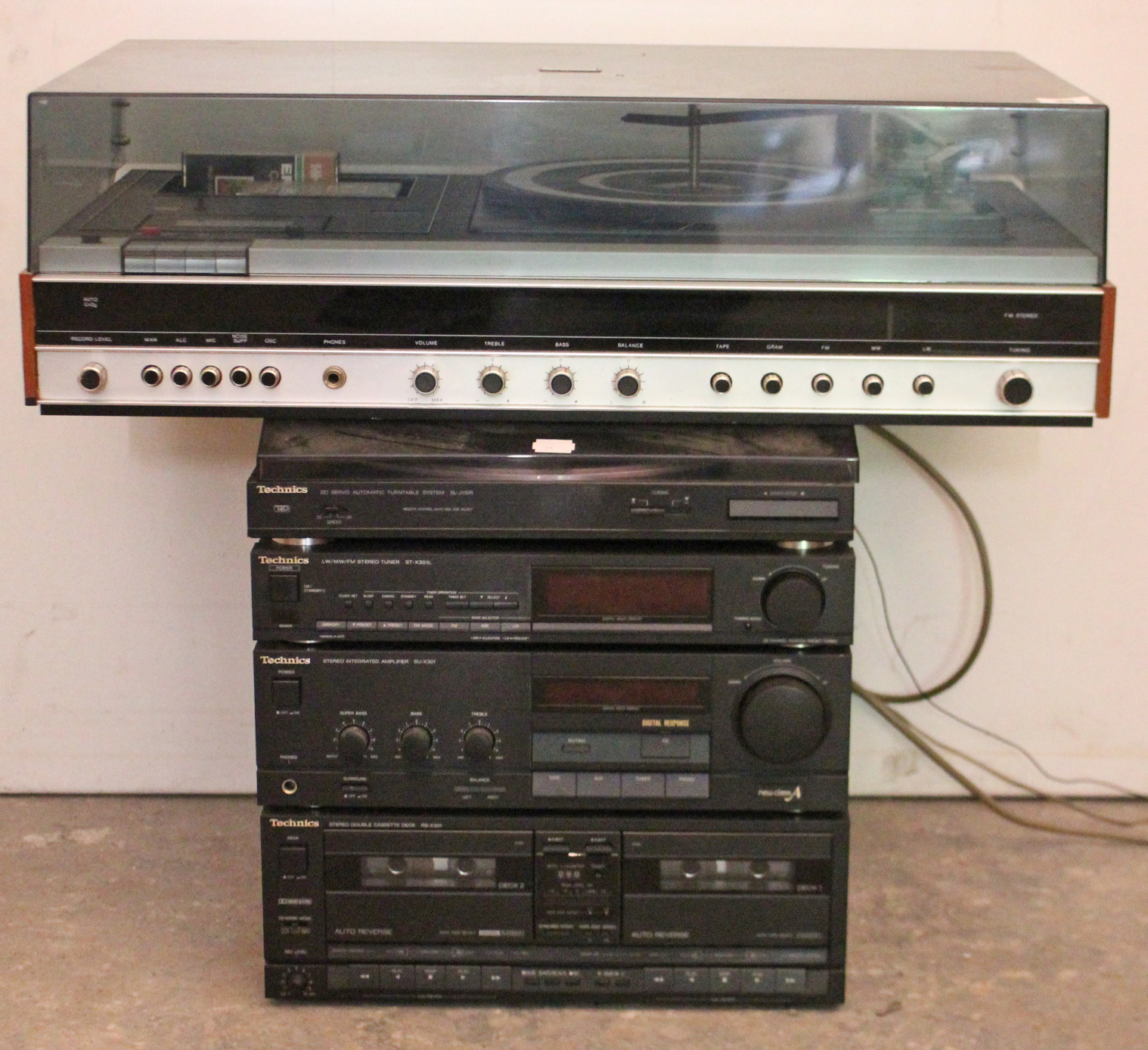 "Lot 35 - A Ferguson ""Studio 6"" music system; & a Technics stacking hi-fi system."