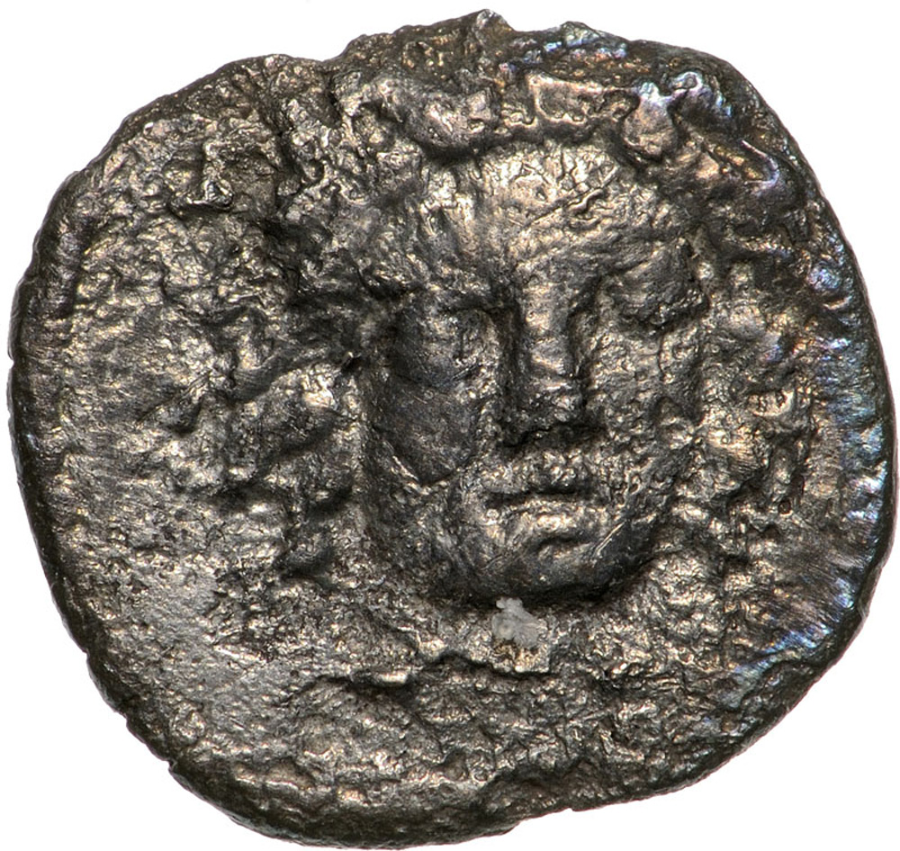 Lot 3483 - Head of nymph facing / crab. SNG ANS 508-509. VF