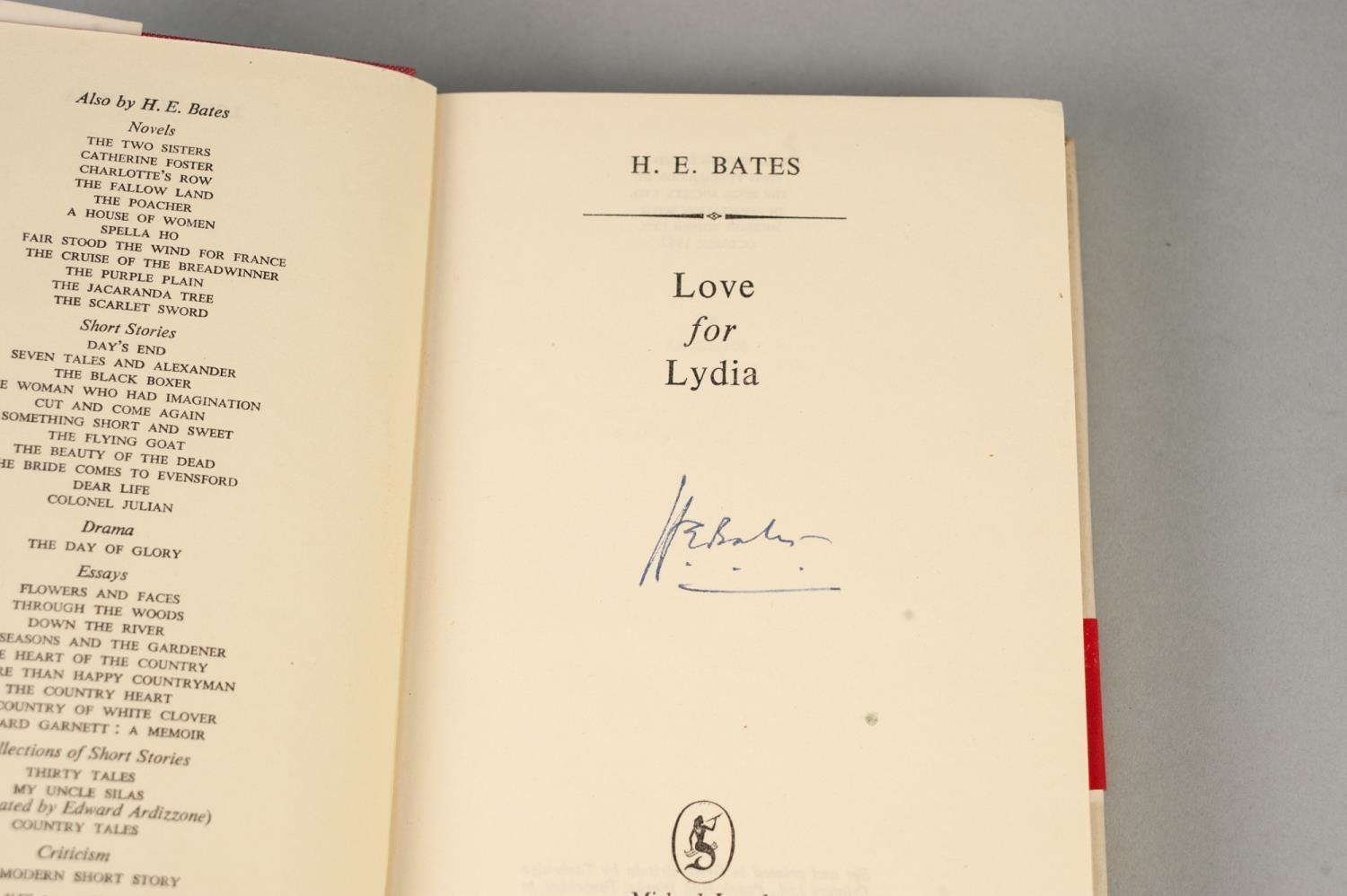 Lot 39 - SIGNED H E BATES TITLES to include Fair Stood the Wind for France (1949), The Purple Plain (