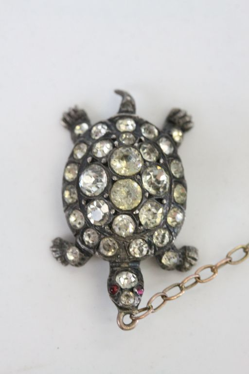 Victorian paste set silver 'the tortoise and the hare' pendant brooch, the running hare set - Image 4 of 6