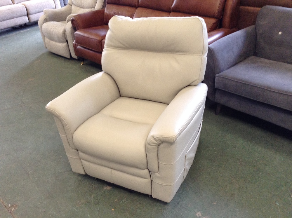 Lot 40 - GREY RISE AND RECLINE CHAIR (TROO1629-WOO618042)