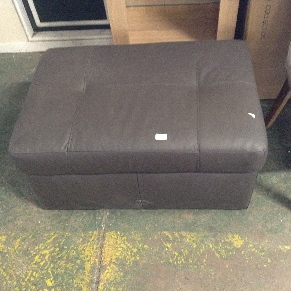 Lot 98E - BROWN LEATHER LARGE STORAGE FOOTSTOOL