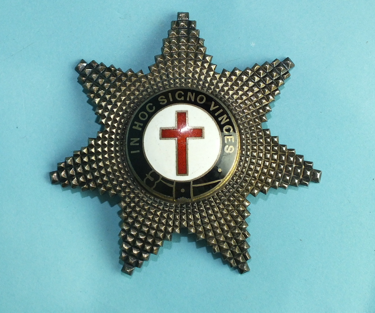 "Lot 181 - A Knights Templar silver and enamel star jewel, stamped ""SILVER""."
