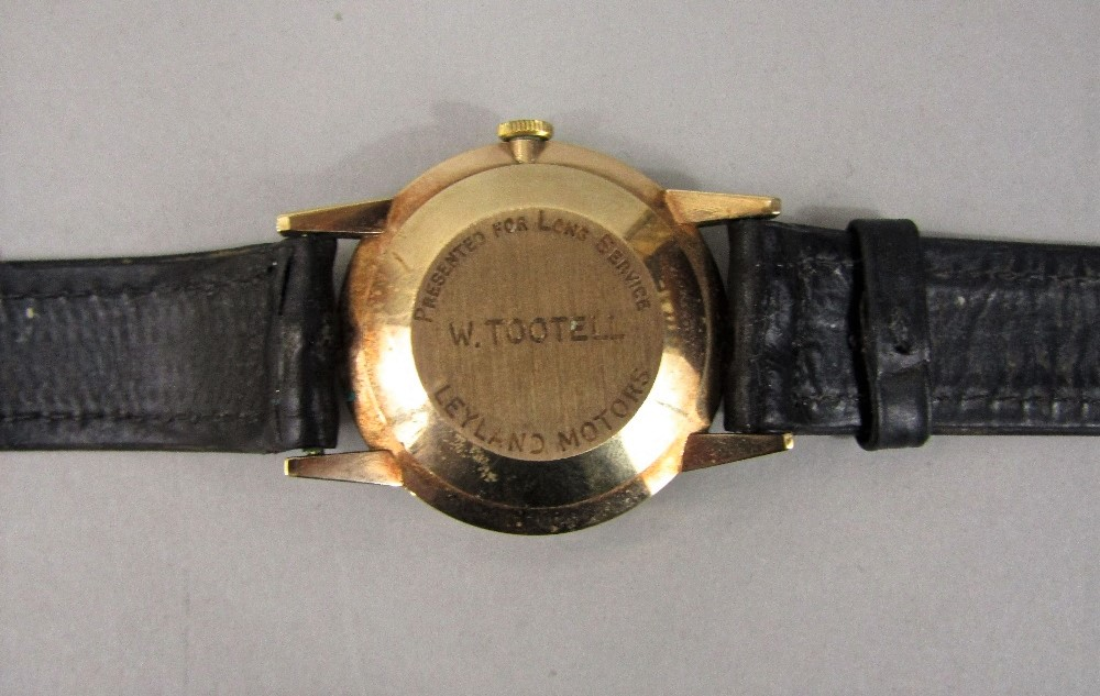 Lot 356 - Unmarked yellow metal Smith Astral vintage gent's wrist watch, the champagne dial with Arabic and