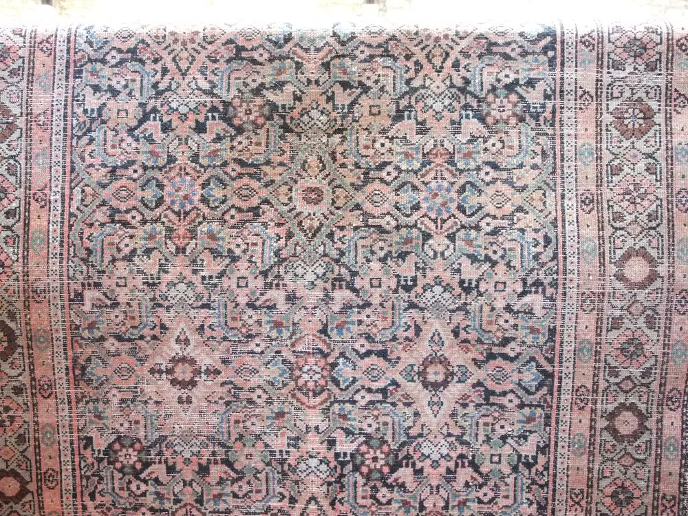 Antique Persian flat weave rug, with geometric decoration upon a navy blue ground, 200 x 120cm - Image 2 of 2