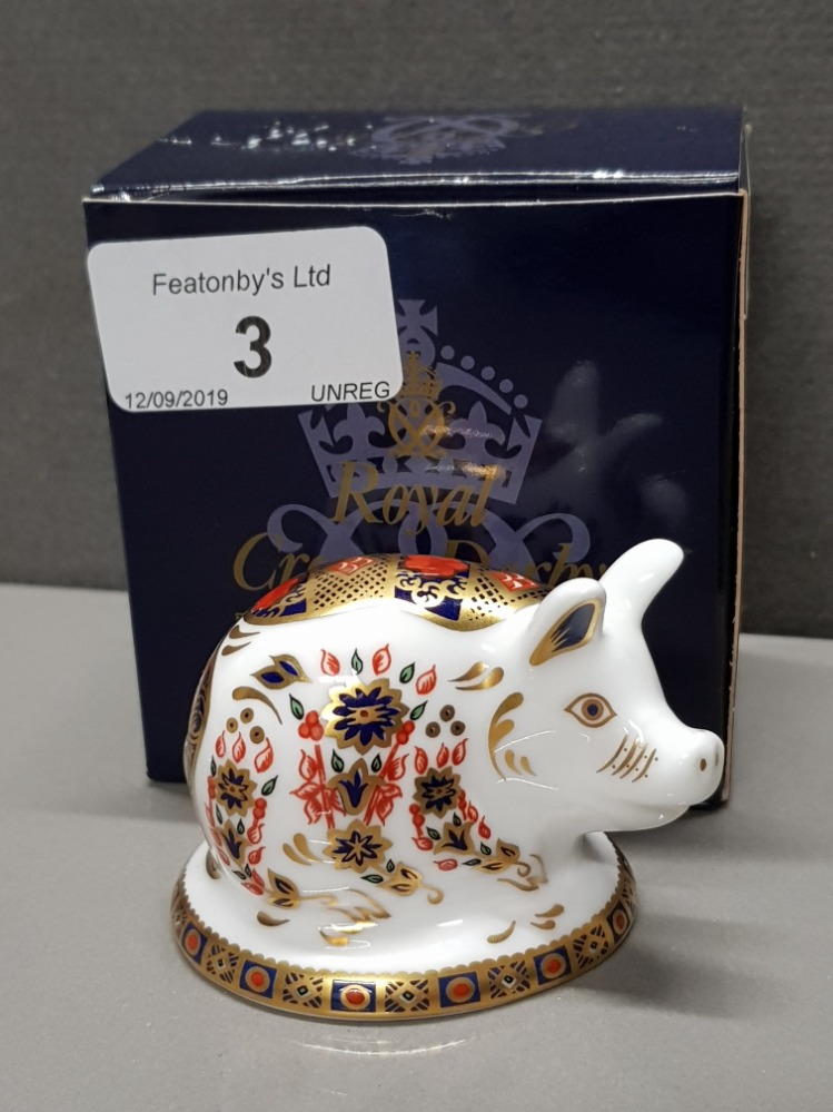 Lot 3 - ROYAL CROWN DERBY PIGLET PAPERWEIGHT WITH GOLD STOPPER AND ORIGINAL BOX