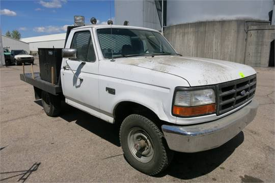 1993 Ford F150 Flatbed Truck 8 39 With Mounted Tool Box Cabinet