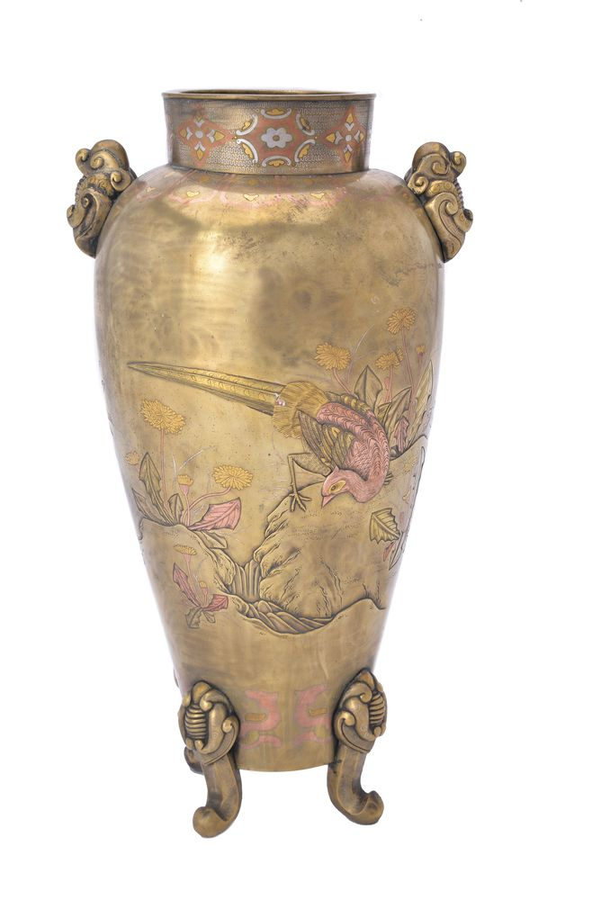 Lot 324 - A Japanese Bronze Vase