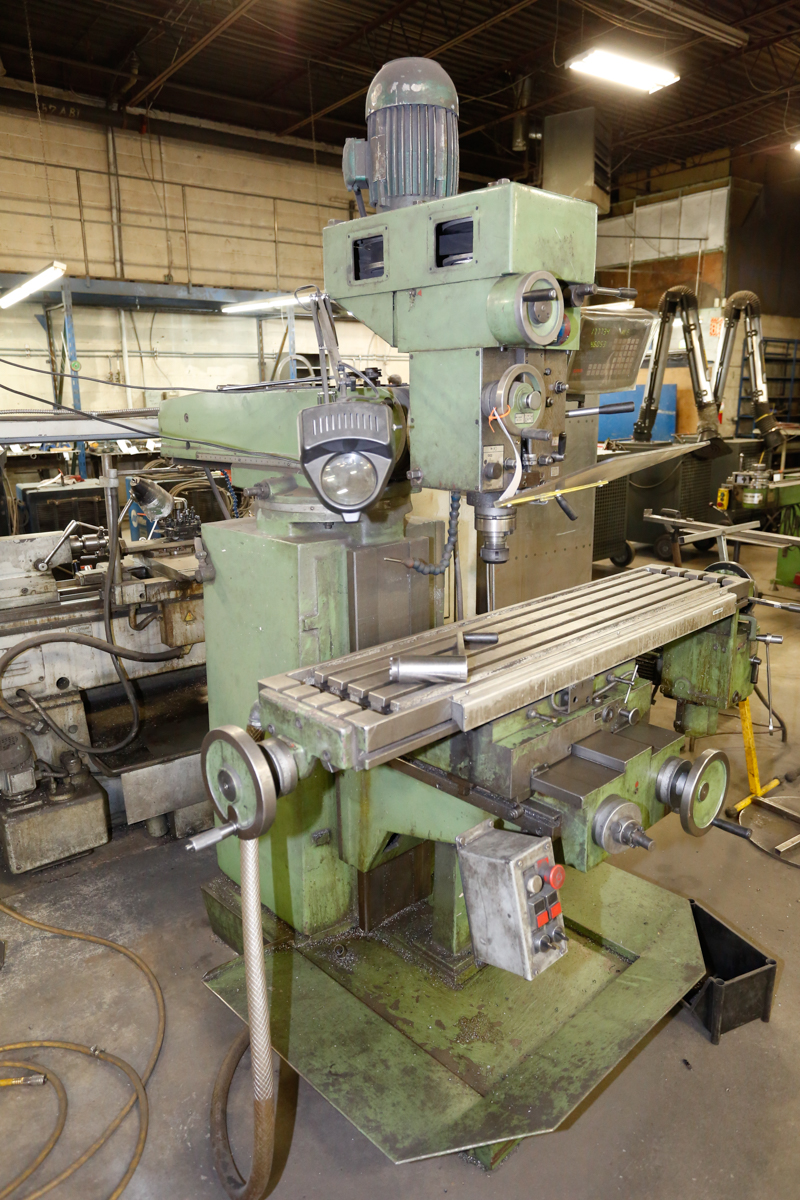 Lot 85 - PRVOMAJSKA MILLING MACHINE MPD.G-01VS, 12'' X 55'' TABLE, S/N: 01089643