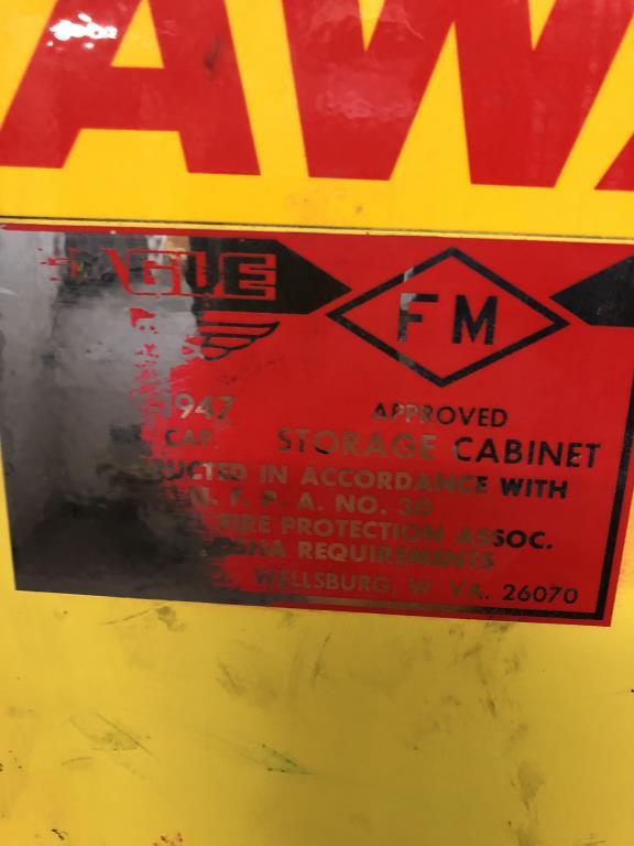 Lot 69 - Flammable Liquid Storage Cabinet