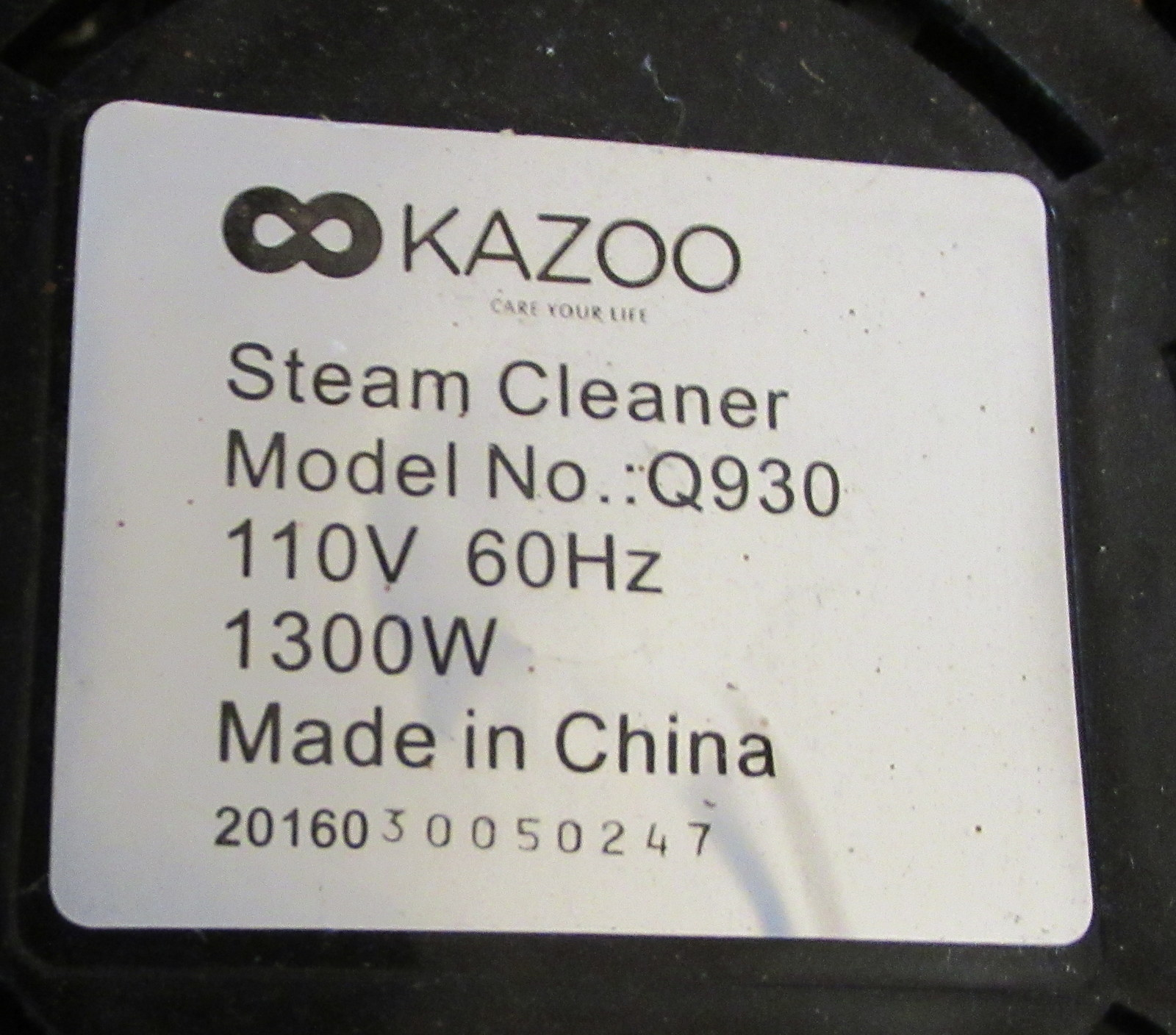 Lot 222 - Kazoo Q930 Steam Cleaner & Accessories