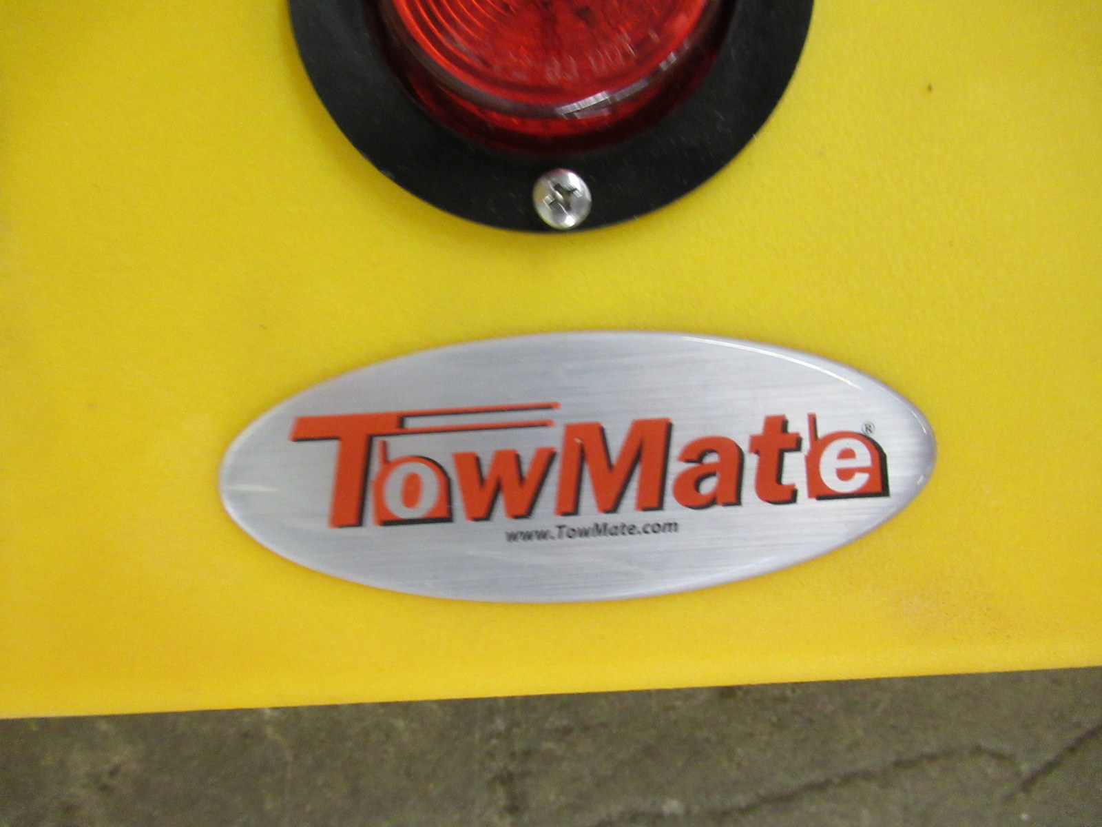 """Lot 245 - Tow Mate Wireless Light Bar Approximately 4' x 6"""""""