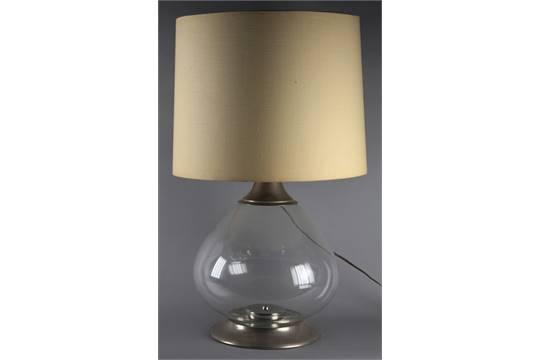 Lampade In Vetro Anni 70 : Lampada da tavolo in alluminio e vetro soffiato trasparente. anni