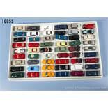 Konv. 53 H0 Modellfahrzeuge, dabei Pkw, Oldtimer, Cabriolets, Sportwagen usw., versch. Hersteller,