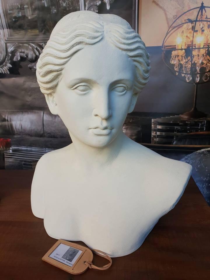Lot 653 - Sculpture - Sculpture Female Portrait Bust Objets d'Art Decorative Accessories
