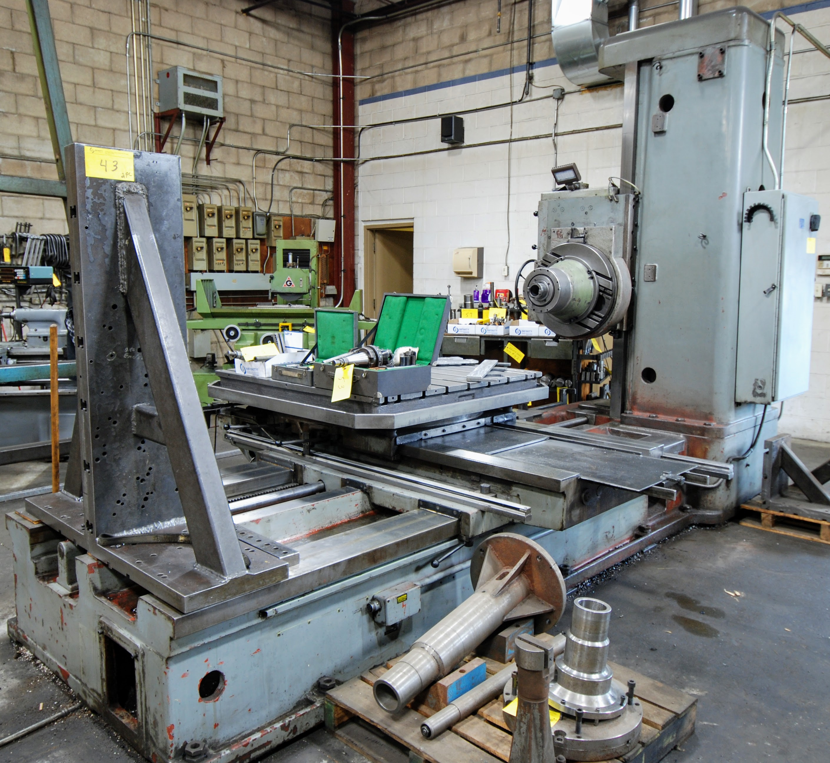 "TOS W100 HORIZONTAL BORING MILL, ACU-RITE 4-AXIS DRO, 4"" SPINDLE, 14 TO 1,120 RPM, 49"" X 49"" POWERED"